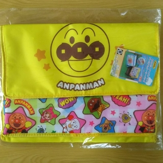 アンパンマン(アンパンマン)のそれいけ!アンパンマン プレミアムクーラーバッグ 黄色 1種(日用品/生活雑貨)