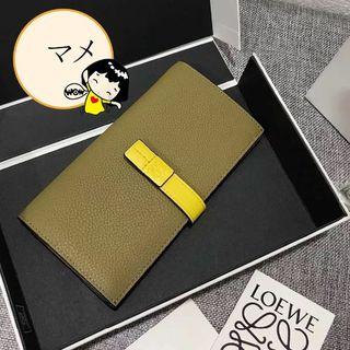 ロエベ(LOEWE)のLoewe Vertical Wallet (長財布)