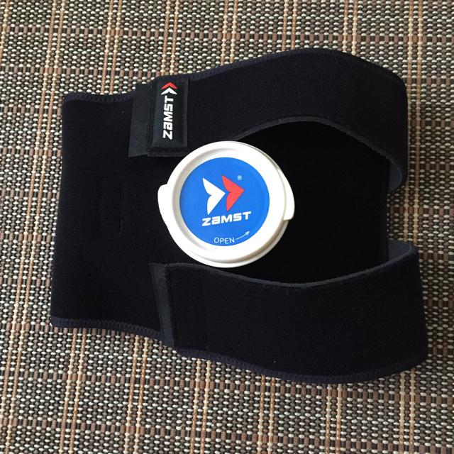 ZAMST(ザムスト)の専用出品  ザムスト  膝サポとアイシングサポーター   2点 スポーツ/アウトドアのトレーニング/エクササイズ(その他)の商品写真
