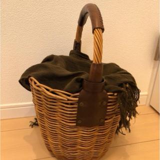 ミナペルホネン(mina perhonen)のebagos  エバゴス  オイルショルダー かご バッグ バーキン チョコ(かごバッグ/ストローバッグ)