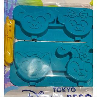 ディズニー(Disney)のダッフィーアンドフレンズ シリコーンモールド 新品未使用 安心ラクマ便送料込み!(調理道具/製菓道具)