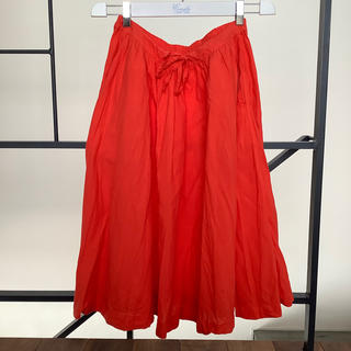 イデー(IDEE)のプール POOL 鮮やかな赤 スカート(ひざ丈スカート)