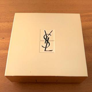イヴサンローランボーテ(Yves Saint Laurent Beaute)のイヴ・サンローラン ラディアントタッチ ルクッション ケース(その他)