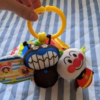 アンパンマン(アンパンマン)のアンパンマン ぱりぱりひっぱりおおはしゃぎ (ベビーカー用おもちゃ)(ベビーカー用アクセサリー)