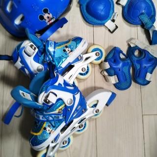 ミッキーマウスローラースケート ヘルメット セット(ローラーシューズ)