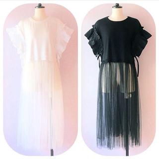 lilLilly - リルリリー ギャザースリーブカットドレス