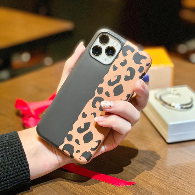 バーバリー iPhone 11 ケース かわいい - セール!レオパード⭐︎iPhone 11pro/11ケース/カバー/ヒョウ柄の通販 by りんごchan's shop|ラクマ