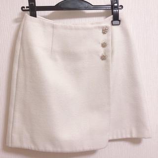 ロディスポット(LODISPOTTO)のオフホワイト  スカート(ひざ丈スカート)