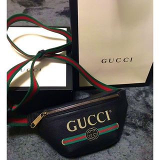 グッチ(Gucci)のGUCCI ボディバッグ (ボストンバッグ)