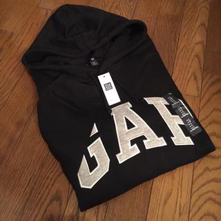 ギャップ(GAP)の新品 GAP ロゴパーカー 黒 ブラック Mサイズ(パーカー)
