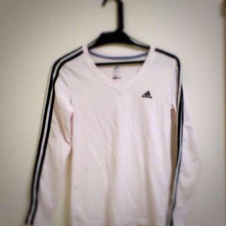 アディダス(adidas)のアディダスロングティーシャツ(Tシャツ(長袖/七分))