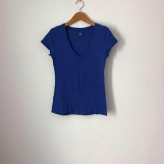 プチバトー(PETIT BATEAU)のプチバトー ブルー Tシャツ Vネック(Tシャツ(半袖/袖なし))