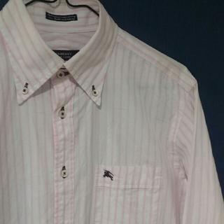 バーバリーブラックレーベル(BURBERRY BLACK LABEL)のバーバリー ブラックレーベル ロゴ ピンク ストライプ シャツ(シャツ)