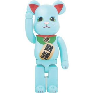 メディコムトイ(MEDICOM TOY)のBE@RBRICK ベアブリック 招き猫 青蓄光 1000%(模型/プラモデル)