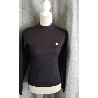 クレージュ(Courreges)の大変美品 courreges シンプルな黒いニットセーター ロゴ入り(ニット/セーター)