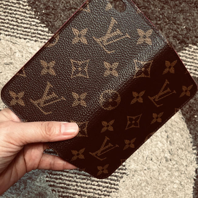 LOUIS VUITTON - 正規品ルイヴィトンiPhoneケースの通販 by あややん's shop|ルイヴィトンならラクマ