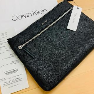 カルバンクライン(Calvin Klein)の大人気★Calvin Klein 収納たっぷりのメンズレザークラッチバッグ(セカンドバッグ/クラッチバッグ)