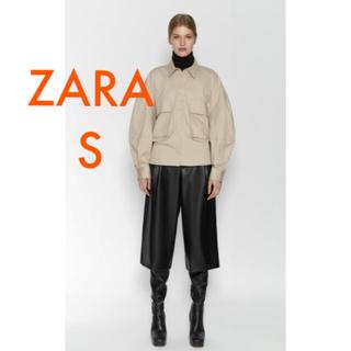 ザラ(ZARA)のZARA 新品 フェイクレザーパンツ S (カジュアルパンツ)