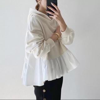 裾フリル ペプラム パーカー フーディ オフホワイト(パーカー)