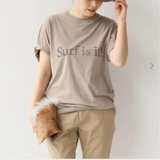 ドゥーズィエムクラス(DEUXIEME CLASSE)の19SS 新品 surf  is  it  tシャツ(Tシャツ(半袖/袖なし))