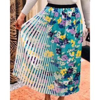グレースコンチネンタル(GRACE CONTINENTAL)のグレースコンチネンタル♡フラワープリーツスカート 花柄プリントスカート(ひざ丈スカート)