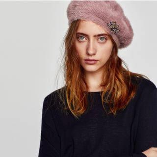 ザラ(ZARA)の[ ZARA ] ビジュー付きベレー帽(ハンチング/ベレー帽)