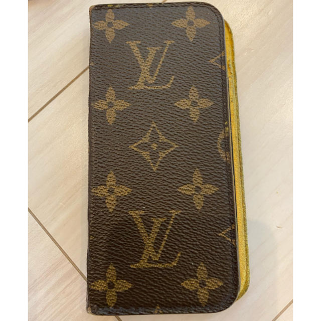 LOUIS VUITTON - ルイヴィトン(LOUIS VUITTON) iPhone7 ケースの通販
