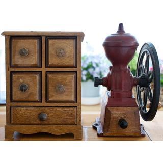 カリタ(CARITA)のKalita手回し縦型コーヒーミルとコーヒー豆ストッカー のセット (年代物)(収納/キッチン雑貨)