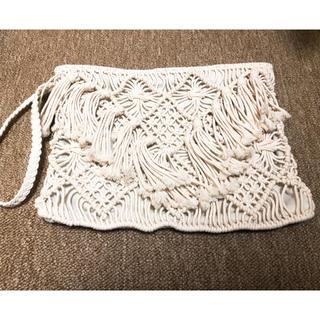 フランフラン(Francfranc)の美品 かぎ編みクラッチバッグ(クラッチバッグ)