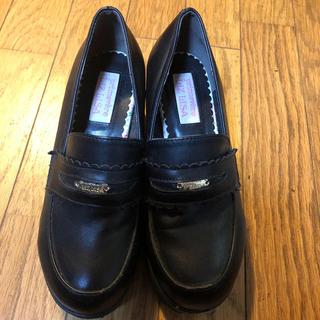 リズリサ(LIZ LISA)のLIZ LISA 黒靴 Mサイズ 23〜23.5(ローファー/革靴)