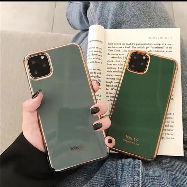 iphone 11 pro ケース カード収納 - グリーンのみ iPhone11ケース キラキラ アイフォンケース スマホケースの通販 by ジャスミン's shop|ラクマ