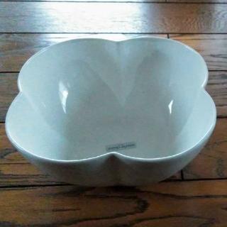 マリクレール(Marie Claire)の【未使用】marie claireマリークレールの大鉢 ボーンチャイナ(食器)