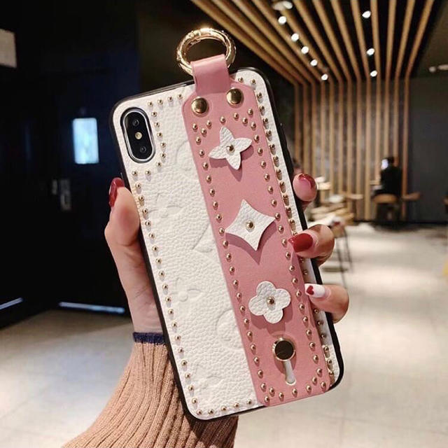 Nike iPhone 11 ケース 人気 | 【即購入OK❗️】iPhone 11promax 花柄 白×ピンク ケースの通販 by kana's shop|ラクマ