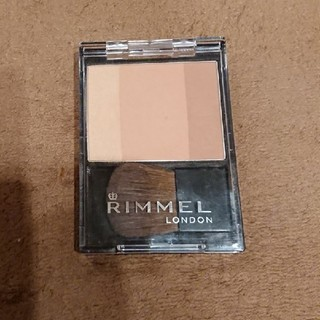リンメル(RIMMEL)のリンメルスリーインワンモデリングフェイスブラッシュ(フェイスカラー)