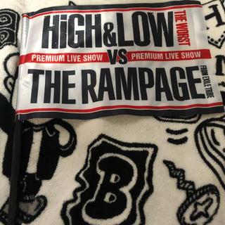 ザランページ(THE RAMPAGE)のHIGH&LOW vs THE RAMPAGE フラッグ(ミュージシャン)