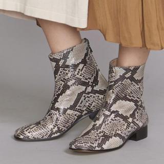 新品♡定価21780円 牛革 レザーブーツ 大幅お値下げしました‼️(ブーツ)