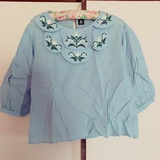 メルロー(merlot)のmerlot スズラン刺繍シャツ(Tシャツ(長袖/七分))