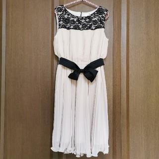エニィスィス(anySiS)のany SiS 結婚式 ドレス お値下げ可能(ミディアムドレス)