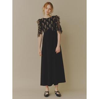 リリーブラウン(Lily Brown)の新品 完売品! リリーブラウン フリル レース ドレス ワンピース 黒 ブラック(ロングドレス)