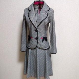 フォクシー(FOXEY)の着用1回 レジィーナロマンティコ スーツ 36サイズ(スーツ)