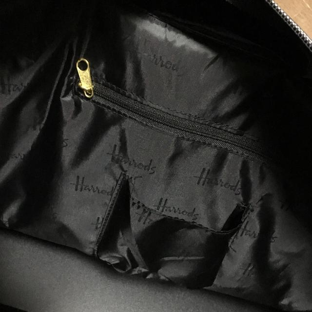 Harrods(ハロッズ)のハロッズ  エナメル トートバッグ  ブラック レディースのバッグ(トートバッグ)の商品写真