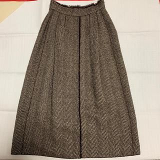 ドルチェアンドガッバーナ(DOLCE&GABBANA)のヘリンボーンウールスカート (ロングスカート)