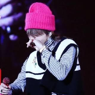 ビッグバン(BIGBANG)のG-DRAGON着用 ピンクニット帽(ニット帽/ビーニー)