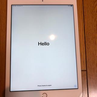アップル(Apple)のiPad アイパッド第5世代 WI-FI 32GB  ゴールド(タブレット)
