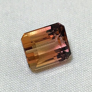《宝石⚜️ルース》  極美☪️大粒✴️天然トルマリン 7.740ct 鑑別付。(リング(指輪))