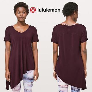 ルルレモン(lululemon)のlululemon☆未使用・タグ付き☆サイズ6 端で結べて可愛いショートスリーブ(Tシャツ(半袖/袖なし))