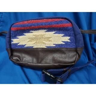 チチカカ(titicaca)のウエストポーチバッグ(ボディバッグ/ウエストポーチ)