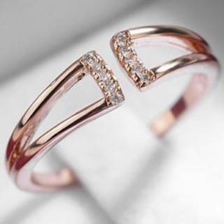 【SWAROVSKI】金属アレルギー対応 リング 指輪(リング(指輪))