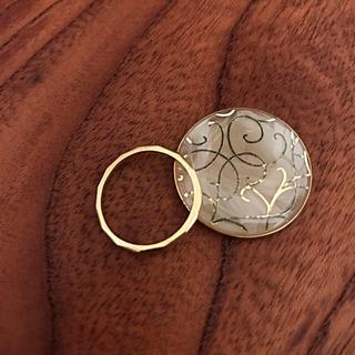 アガット(agete)のMALAMA リング 指輪 YG K18 金 イエローゴールド 槌目 地金 13(リング(指輪))