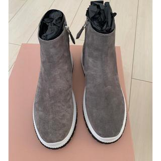 ミュウミュウ ブーツ 新品未使用 ショートブーツ